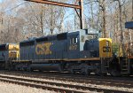 CSX SD40-3 4017 trails on Q702-06